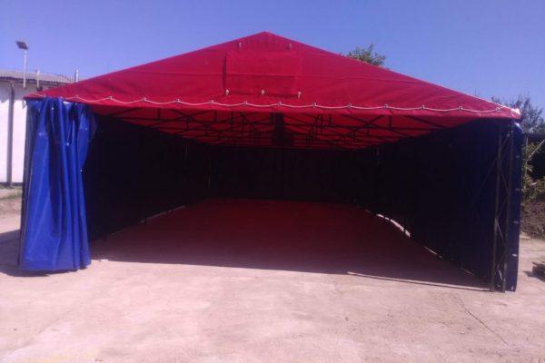 Hala namiotowa - czerwony dach plus granatowe boki